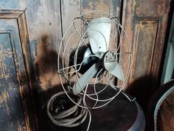 Ventilátor, bakelit  20.századi, dekoráció
