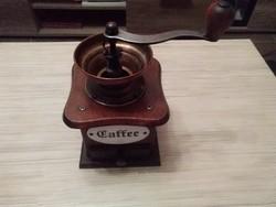 Régi kávé daráló.