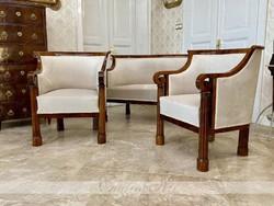 Exclusive Biedermeier lounge set restored in 1820