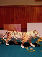 Beautifully crafted ceramic tiger without marking (gb16 / 2-12)