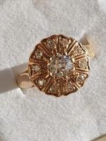 Gold ring / brill