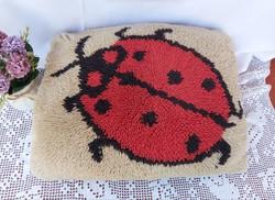 Beautiful ladybug ladybug decorative pillow suba pillow nostalgia piece, collector beauty