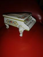 Porcelain piano bonbonier