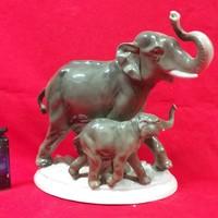 Német Fasold & Stauch Bock Wallendorf Elefánt Borjával porcelán figura.