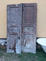Régi beltéri ajtó