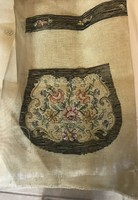 Antik hímzés táskadísz