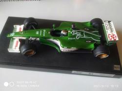 1:18 Eddie Irvine Jaguar