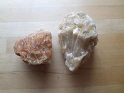 2 pcs mineral quartz