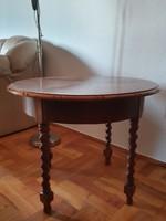 Colonial smoking table