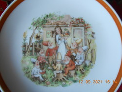 Kahla snow white fairy tale pattern kid plate