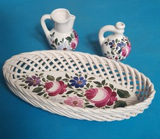 Hand painted ceramic ornaments: basket and jars