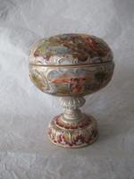 Bonbonier - porcelain with legs