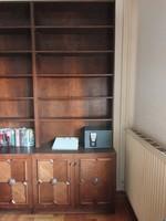 5 db Koloniál jellegű könyvesszekrény&polc + 2 db hozzá való könyvespolc