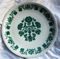 2 wall plates for sale, ceramic, porcelain, diameter 27.5 and 24 cm.