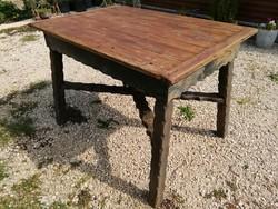 Fenyő asztal,népi,parasztbútor