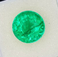 7.82 Carat Colombian Emerald Natural Transparent