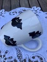 Large embossed bat mug