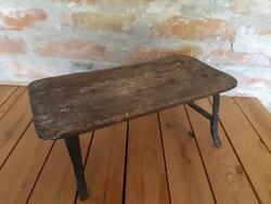 Kis szék, sámli kovácsoltvas lábbal