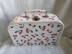 Retro cseresznyés gyerek bőrönd