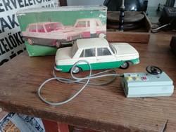 Wartburg kisautó, távirányítós műanyag autó, gyűjtőknek