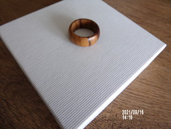 Fa karikagyűrű