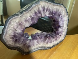 Huge beautiful amethyst geode slice - 7kg with large crystals