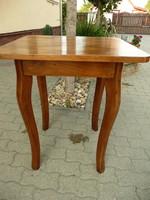 Kecses, magas antik neobarokk asztalka/ laptop asztal maximálisan stabil állapotban