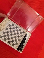 Old quality traveling mini chess set with very nicely crafted figures according to the pictures