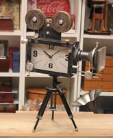 Régi kamera formájú óra