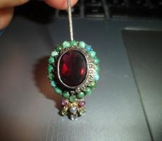 Antique needle with precious stones