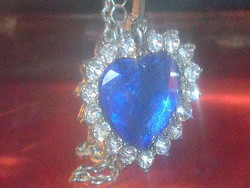 Vintage heart necklace known from the movie