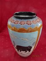Mázas kerámia váza, elefánt, bivaly motívummal, magassága 33 cm. Vanneki!