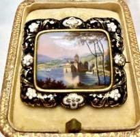 Enameled brooch