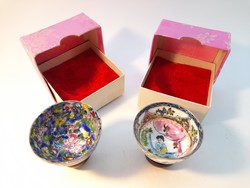 Oriental porcelain mini bowl with wooden base in a box of 2 pcs