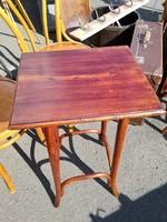 Thonet asztalka,lerakó,posztamens,szobortartó