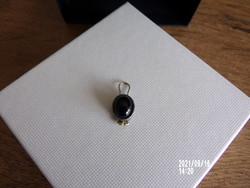 Sensational little pendant