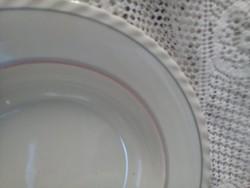 Parts of porcelain tableware