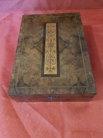 Antique shaving wooden box with accessories.