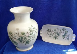 Hollóházi erika patterned vase and ashtray.