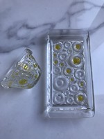 Glass daisy patterned spout and tray