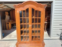 For sale a large size, 2 drawer, showcase oak serving furniture in beautiful condition, cherry color. M