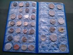 Kb 70 darab nagyon vegyes átnázetlen egzotikus alaku stb fémpénz érme aprópénz lot tartóval egyben