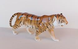 Nagy méretű porcelán tigris