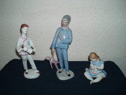 Drasche-raven-house-girls-with-clown-doll-hand-painted-porcelain-in-beautiful condition!