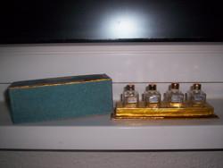Régi parfümös üvegcsék, orosz