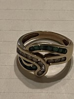 Gold ring in beautiful condition decorated with emeralds for sale Price: 76.000.-