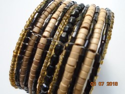 15 Row of polished stone, wood, glass bracelets made of small pearls
