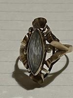 Mutatós régi 14kr topaz aranygyűrű eladó!Ara:40000.-