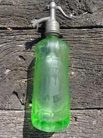 Urán zöld fejazonos, savmaratott szódásüveg - Komárom