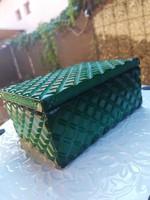 Box with green malachite glass lid